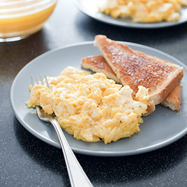 Perfect Scrambled Eggs for Two 